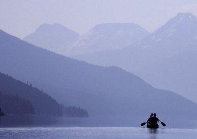 lone-canoe-in-mist1-1024x682